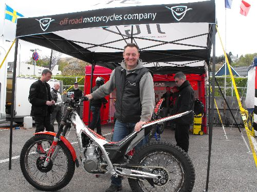 Will Jotagas UK boss Steve Saunders put a machine on the podium in 2013?
